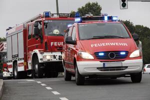 Feuerwehrwagen Blaulichtfahrt